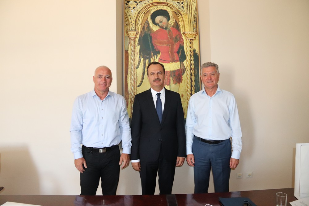 Ukrajinski veleposlanik Vasilj Kirilić posjetio gradonačelnika Željka Burića i župana Gorana Pauka