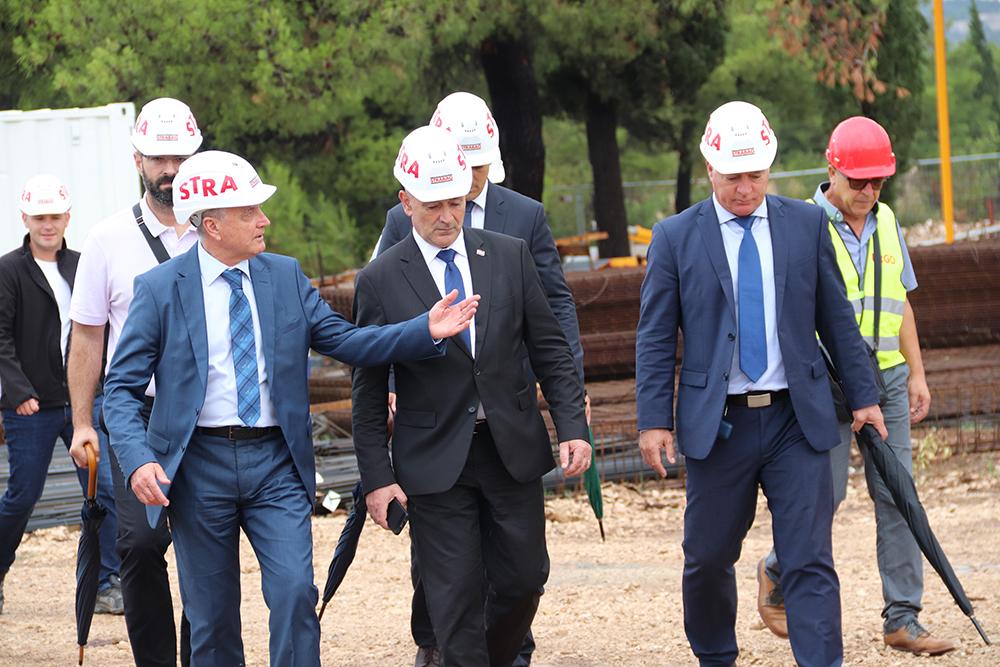Ministar Tomo Medved obišao radove na izgradnji Veteranskog centra u Šibeniku