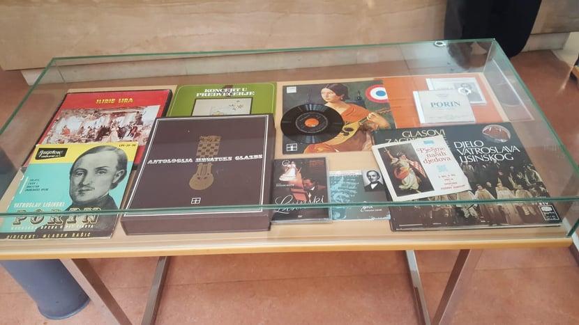 U Knjižnici otvorena izložba o Vatroslavu Lisinskom i Lovri Županoviću