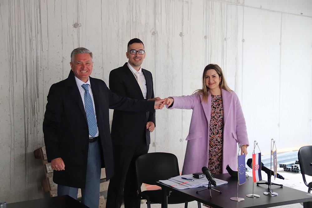 Potpisan ugovor za izradu turskog šatora Yurt koji će postati dio sadržaja tvrđave sv. Ivana