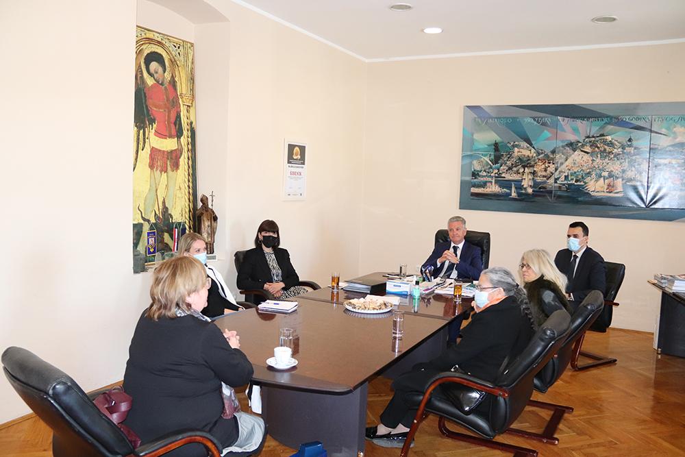 Gradonačelnik primio veleposlanicu Portugala Paulu Leal da Silva