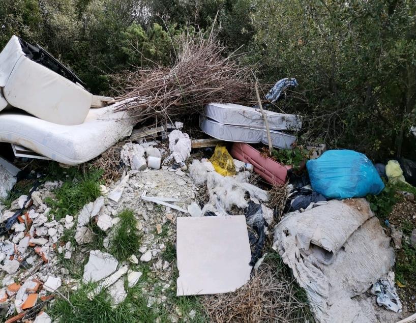 Sa deset nelegalnih odlagališta u Šibeniku uklonjeno 120 tona otpada