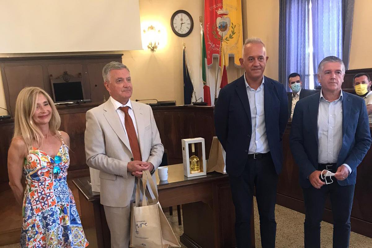Izaslanstvo Grada Šibenika na primanju kod gradonačelnika Civitanove i Mogliana