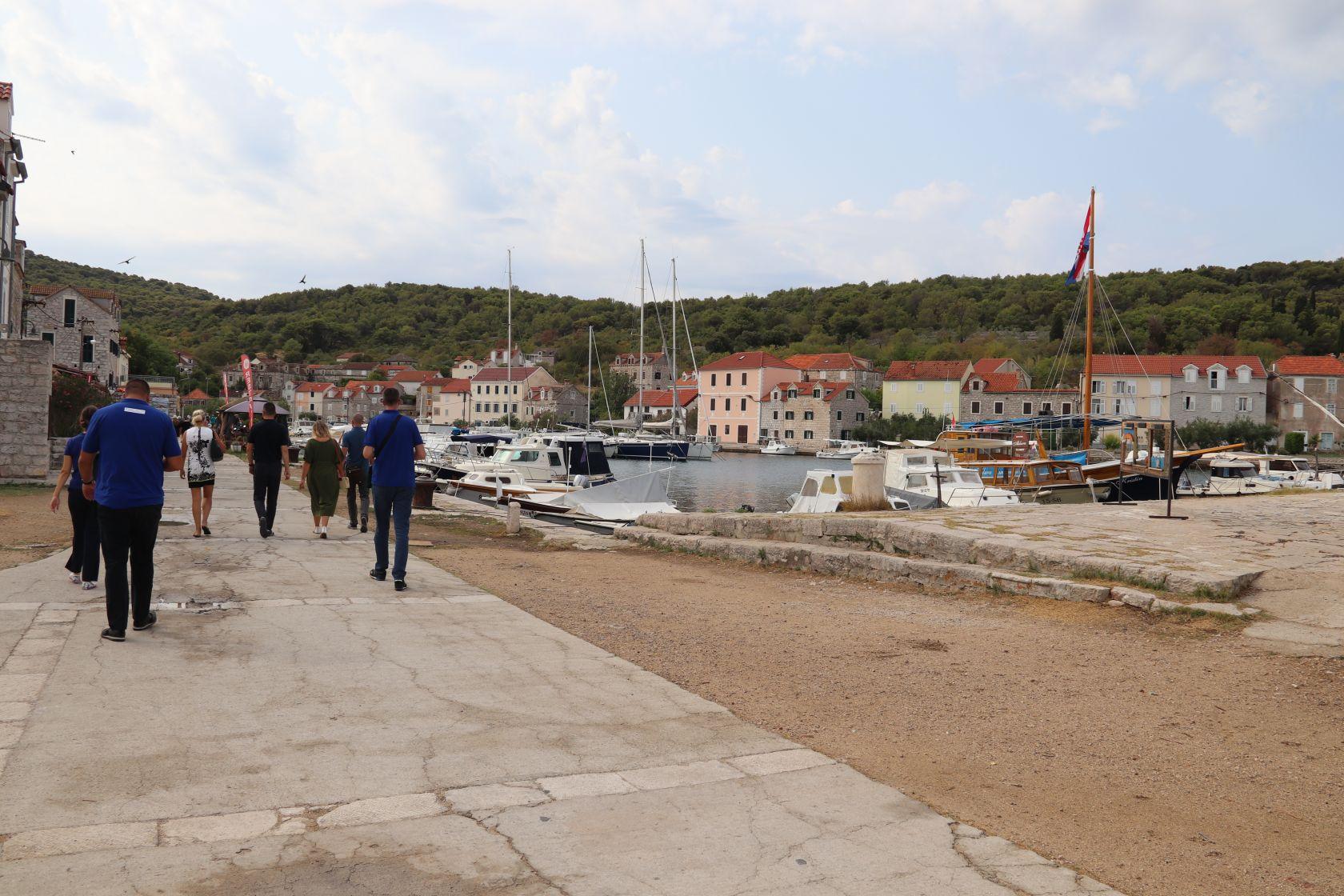 Grad Šibenik traži izvođača radova na adaptaciji Ureda TZ Zlarin
