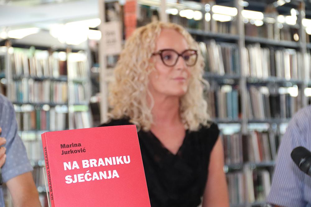 """Predstavljena knjiga """"Na braniku sjećanja"""" Marine Jurković"""